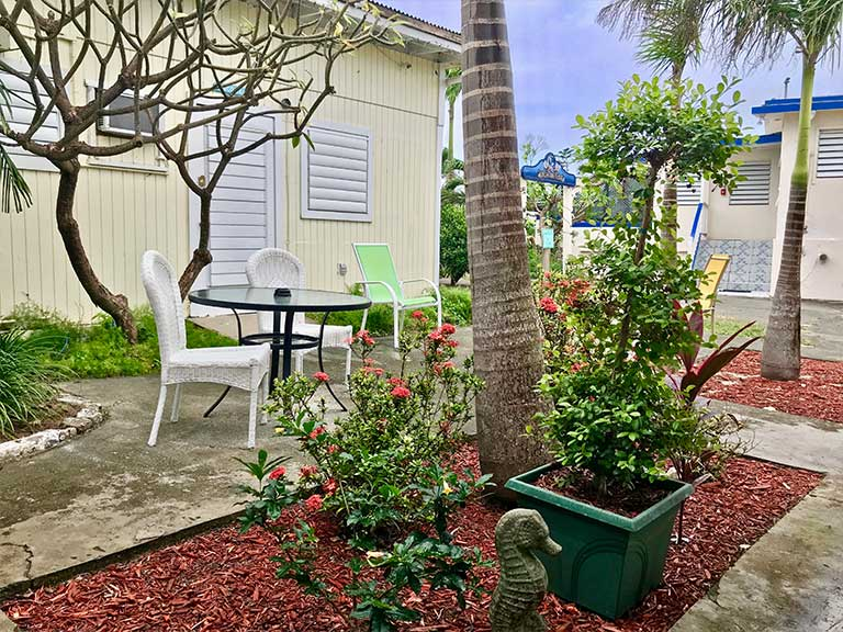 cottages-by-the-sea-st-croix-usvi-vacation-coco-bean-room_05